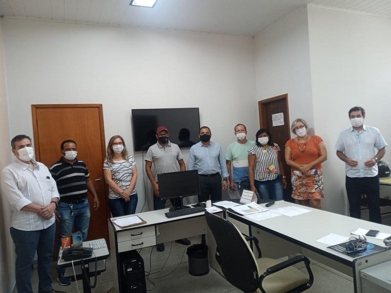Diretoria da PRUDENCO se reúne com os membros da comissão de representantes dos funcionários